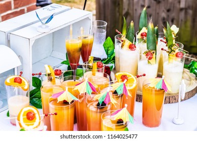 Non-alcoholic fruit mocktail/cocktail drinks
