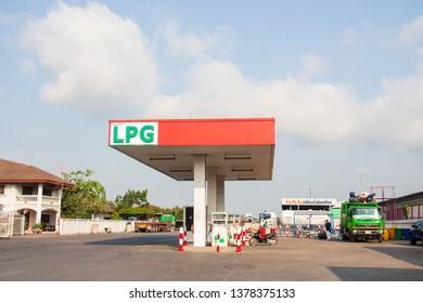 Nonthaburi - Bang Yai, 23 April 2019 Gas pump lpg / cng Renewable energy business in Thailand