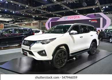 NONTHABURI - NOVEMBER 30:  Toyota Fortuner TRD Sportivo car on display at Thailand International Motor Expo 2016 on November 30, 2016 in Nonthaburi, Thailand.