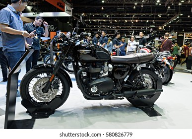 NONTHABURI, THAILAND - DECEMBER 8: The Triumph Bonneville T120 Black is on display at the 32nd Thailand International Motor Expo 2015 on December 8, 2015 in Nonthaburi, Thailand.