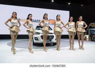 NONTHABURI, THAILAND - DECEMBER 8: Unidentified female models pose at the Chevrolet Booth during the 32nd Thailand International Motor Expo 2015 on December 8, 2015 in Nonthaburi, Thailand.