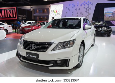 NONTHABURI, THAILAND - NOVEMBER 28: The TOYOTA Camry is on display at the 31st Thailand International Motor Expo 2014 on November 28, 2014 in Nonthaburi, Thailand.