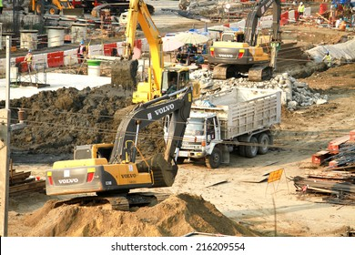 NONTHABURI-THAILAND -MARCH 18 : Construction of EGAT's North Bangkok gas combine cycle power plant 800 MW on March 18,2014 in Nonthaburi, Thailand