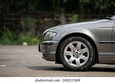 Nonthaburi,Thailand-October 2020 : BMW 318i E46 3-series 2004