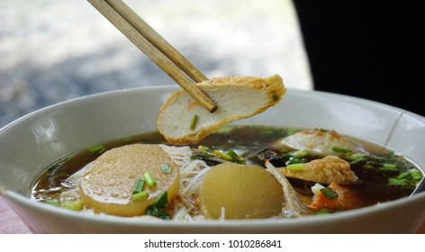 Noodle white color and pork is popular in many countries of Thailand