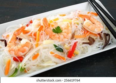 noodles salad with shrimps