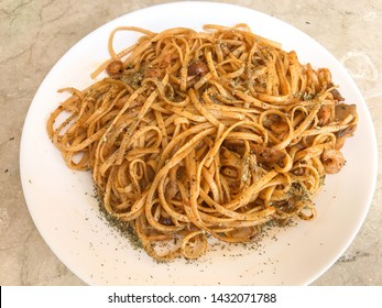 noodles with shrimp and soy