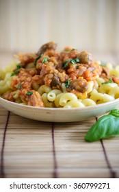 noodles with vegan lentil bolognese sauce