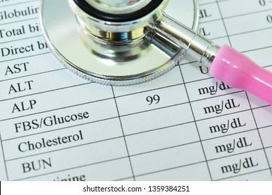 Normal result of blood sugar test with stethoscope