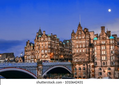 North Bridge, Edinburgh, Scotland linking the High Street with Princes Street, and the New Town with the Old