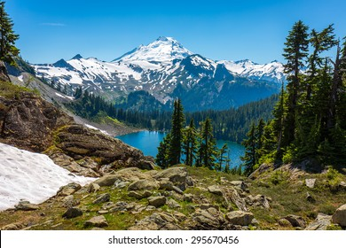 North Cascades, Mount Baker area, Chain Lakes trail_