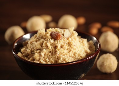 Panjiri is a North Indian sweet made with whole wheat flour or atta. This wonderful snack is full of energy, highly nutritional snack made with whole wheat flour cooked with dry fruits, gond.