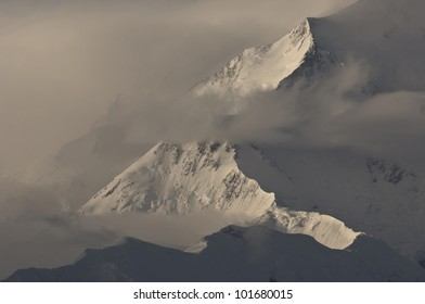 North Peak of Mt McKinley Summit, tallest mountain in North America, Denali National Park, Alaska