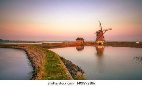 The North is a polder mill in the polder north of Oosterend on the island of Texel in the province of Noord-Holland