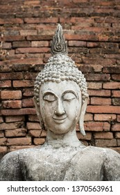 In the North of Thailand, this beautiful Buddha sits in an ancient temple