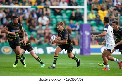 Northampton, UK. 13th October 2018. Piers Francis of Northampton Saints runs with the ball during the European Rugby Challenge Cup match between Northampton Saints and ASM Clermont Auvergne
