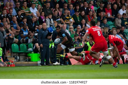 Northampton, UK. 15th September 2018. Taqele Naiyaravoro of Northampton Saints during the Gallagher Premiership round 3 match between Northampton Saints and Saracens at Franklin's Gardens.