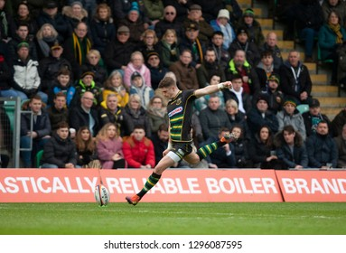Northampton, UK. 26th January 2019. James Grayson of Northampton Saints kicks a conversion during the Premiership Rugby Cup match between Northampton Saints and Leicester Tigers