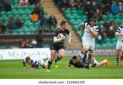 Northampton, UK. 27th October 2018. Fraser Dingwall of Northampton Saints runs with the ball during the Premiership Rugby Cup match between Northampton Saints and Bristol Bears