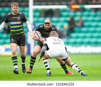Northampton, UK. 27th October 2018. Will Davis of Northampton Saints runs with the ball during the Premiership Rugby Cup match between Northampton Saints and Bristol Bears