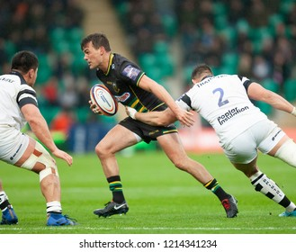 Northampton, UK. 27th October 2018. George Furbank of Northampton Saints runs with the ball during the Premiership Rugby Cup match between Northampton Saints and Bristol Bears
