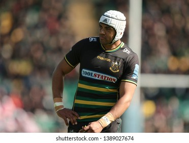 Northampton, UK. 4th May 2019. Luther Burrell of Northampton Saints during the Gallagher Premiership Rugby match between Northampton Saints and Worcester Warriors