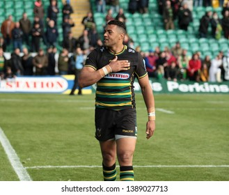 Northampton, UK. 4th May 2019. Luther Burrell of Northampton Saints does a lap of honour following the Gallagher Premiership Rugby match between Northampton Saints and Worcester Warriors