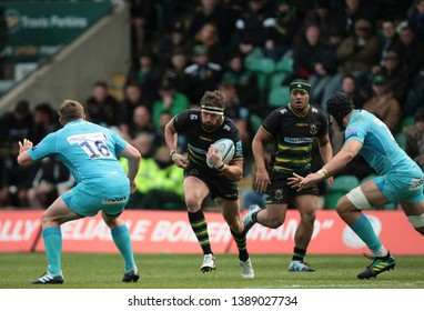 Northampton, UK. 4th May 2019. Tom Wood of Northampton Saints runs with the ball during the Gallagher Premiership Rugby match between Northampton Saints and Worcester Warriors
