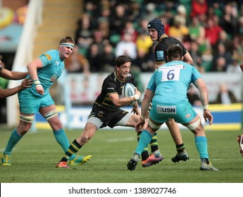 Northampton, UK. 4th May 2019. Alex Mitchell of Northampton Saints runs with the ball during the Gallagher Premiership Rugby match between Northampton Saints and Worcester Warriors