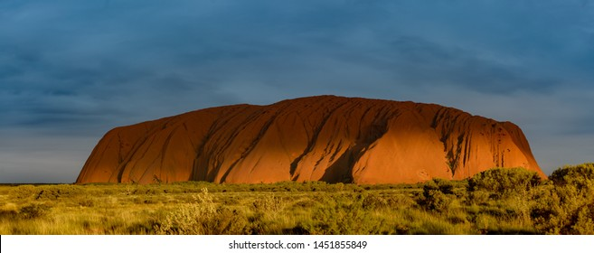 NORTHEN TERRITORY, Australia - OCTOBER21, 2016: View of Uluru or Ayres Rock as the sun sets.