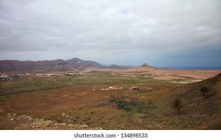 Northern Fuerteventura, Canary Islands, view south from Montana de Arena