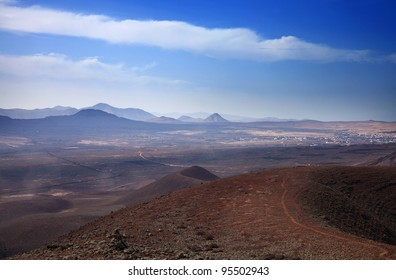 Northern Fuerteventura, view from  Bayuyo volcano towards Lajares