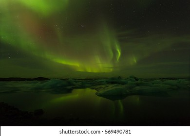 Northern lights over Jökulsárlón Glacier Lagoon in Iceland 2017