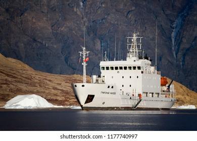 Northwest Fjord. Greenland. 09.21.07. The Russian icebreaker 'MV Grigoriy Mikheev' in Northwest Fjord in Scoresbysund in eastern Greenland.