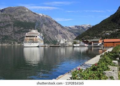 Norway summer - cruise ship in Eidfjord town.