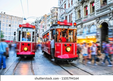 nostalgic tram, istanbul Taksim