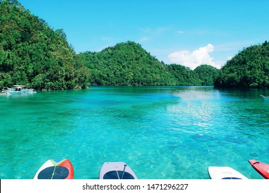 Not only is it famous as the Surfing Capital of the Philippines but it is also home of clear and turquoise waters; the Siargao island.