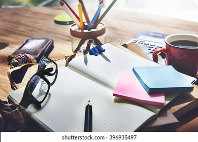 Note Cluttered Objects Office Working Station Concept