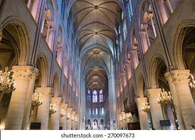 notre dame paris cathedral dome internal
