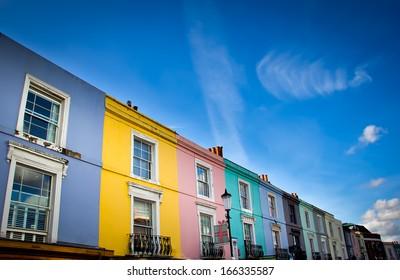notting hill houses in portobello road market