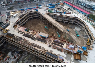 Novel coronavirus pneumonia was effectively prevented and controlled in March 2, 2020 in Huaian, Jiangsu, China. Some construction industries resumed work in an orderly way.