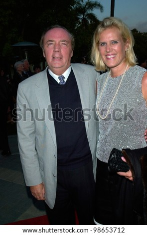 novellist james patterson wife hollywood premiere の写真素材 今