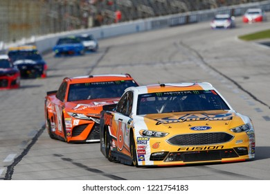 November 04, 2018 - Ft. Worth, Texas, USA: Trevor Bayne (6) battles through the turns for position during the AAA Texas 500 at Texas Motor Speedway in Ft. Worth, Texas.