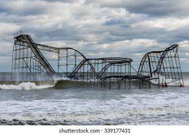 November 15, 2012 - The Jet Star roller coaster is seen in the Atlantic Ocean off of Seaside Heights, New Jersey, USA after hurricane Sandy