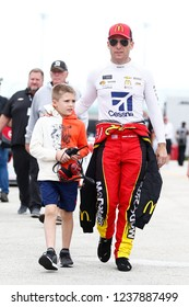 November 17, 2018 - Homestead, Florida, USA: Jamie McMurray (1) gets ready to practice for the Ford 400 at Homestead-Miami Speedway in Homestead, Florida.