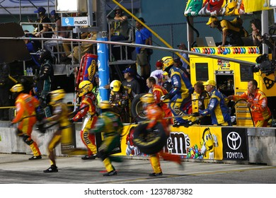 November 18, 2018 - Homestead, Florida, USA: Kyle Busch (18) makes a pit stop during  the Ford 400 at Homestead-Miami Speedway in Homestead, Florida.