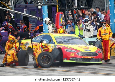 November 18, 2018 - Homestead, Florida, USA: Joey Logano (22) makes a pit stop during  the Ford 400 at Homestead-Miami Speedway in Homestead, Florida.