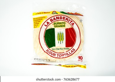 NOVEMBER 22 2017 - CRYSTAL, MN: La Banderita Flour tortillas in a 10 pack, for making Mexican food such as tacos and burritos with a white flour tortilla.
