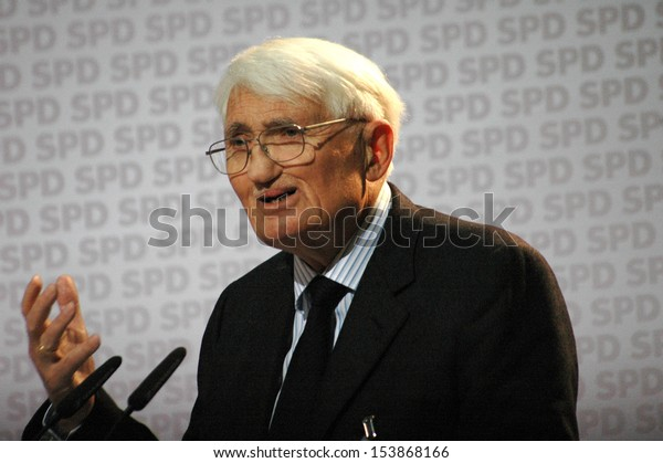 "NOVEMBER 23, 2007 - BERLIN: German philiosopher Juergen Habermas speaking at a podium about Philosophy and Politics"" in the Willy Brandt House in Berlin."