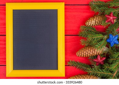 Novgorodny frame and fir-tree jewelry on red boards